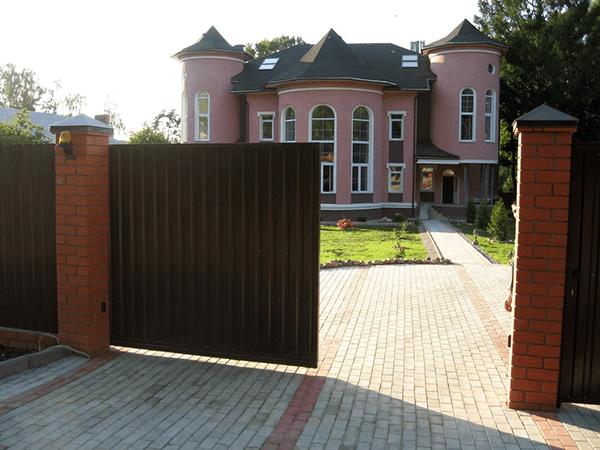 Відкатні (розсувні) ворота