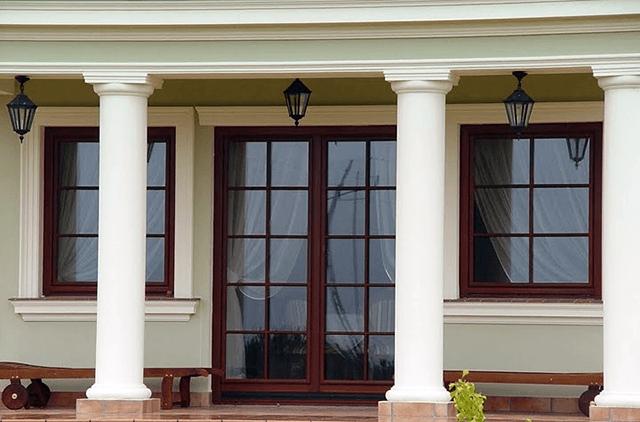 Дерев'яні вікна з шпросами