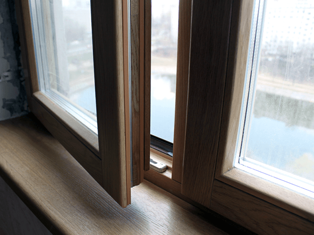 Вікна з дубу